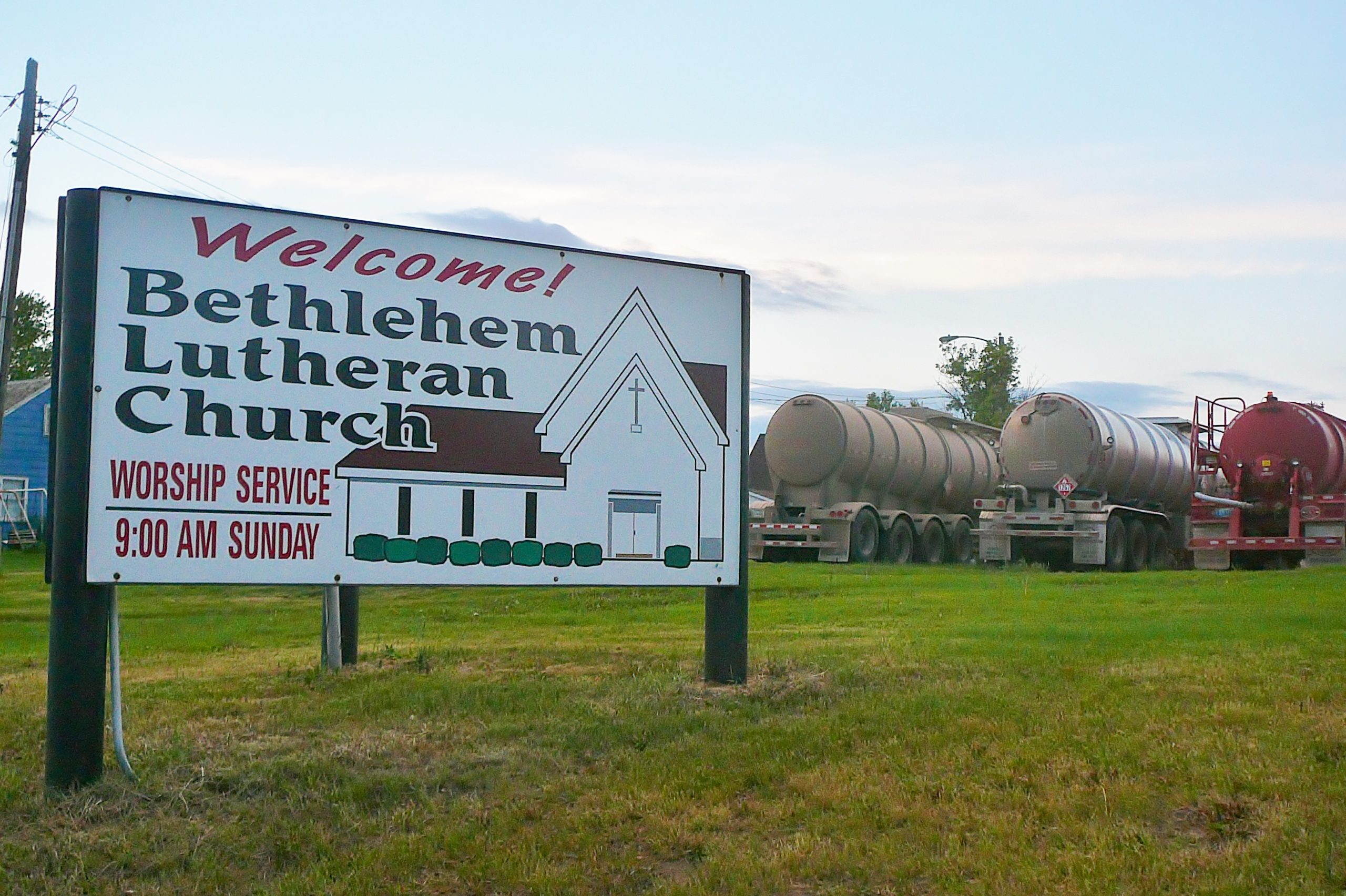 Bethlehem Sign & Oil Trucks